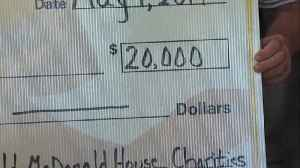 Terre Haute restaurant donates $20,000 to Boys and Girls Club [Video]