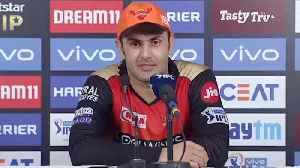 Mohammad Nabi praises Jasprit Bumrah,calls him best bowler for death over |Oneindia News [Video]