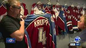Avalanche fan collects every version of team's jersey (and they're game-worn) [Video]