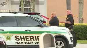 Manhunt in Royal Palm Beach for adult son who stabbed mother [Video]