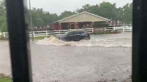 Severe weather causes flash floods in Houston, Texas [Video]