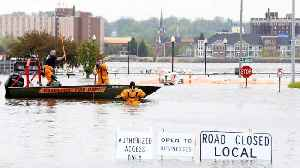 U.S. Coast Guard Closes Mississippi River Shipping Due To Flooding [Video]