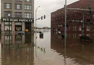 Davenport Inundated as Mississippi River Reaches Record Levels Near City [Video]