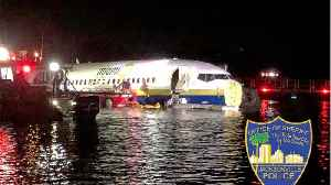 Boeing 737 Falls Into Jacksonville, Florida River [Video]