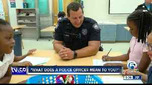 Students in Boynton Beach draw to show appreciation for Law Enforcement Officers [Video]