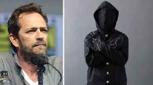 Luke Perry buried in eco-friendly mushroom suit [Video]