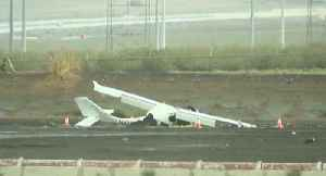 Small plane crashes near Boulder City Airport [Video]