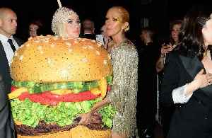 Katy Perry falls over dressed as hamburger [Video]