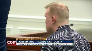 Trooper charged in deadly crash pleads not guilty [Video]