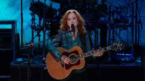 Bonnie Raitt Performs 'Angel From Montgomery' [Video]