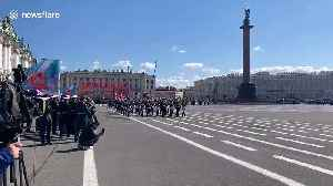 Russian military marches on St. Petersburg's Palace Square for Victory Day [Video]