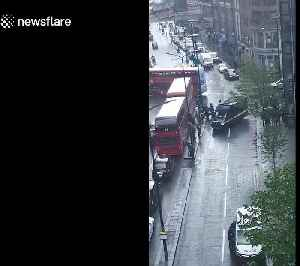 London bomb scare after loud bang and debris reported in Liverpool Street [Video]
