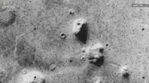 Does Mars Really Have a Face on its Surface? [Video]