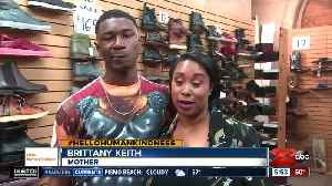 Hello humankindness: Shaq buys shoes for needy teen [Video]