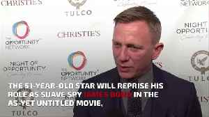 Daniel Craig 'helping to re-write Bond 25 script' [Video]