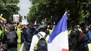 Yellow vests protesters march through Paris May 11 [Video]
