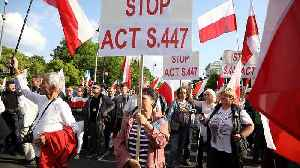 Polish far-right demonstrators protest against restitution of Jewish property [Video]