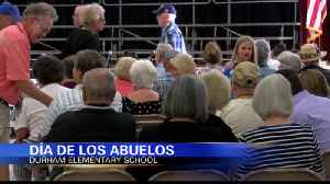 Abuelos acuden a Durham Elementary [Video]