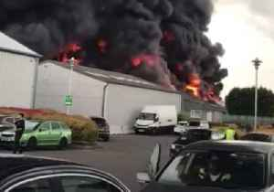 Fire Breaks Out at Sywell Aerodrome Business Park in Northamptonshire [Video]