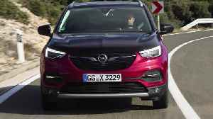 The new Opel Grandland X PHEV Driving Video [Video]