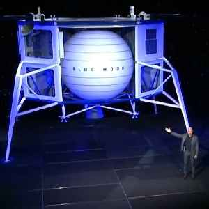 Jeff Bezos says this lunar lander will put Americans on the moon by 2024 [Video]