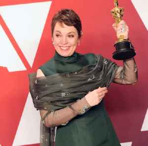 Here's why Olivia Colman is our new favorite British star [Video]