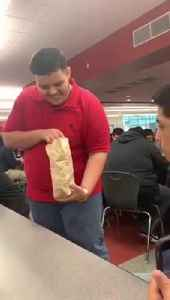 Teen Performs Magic Trick with Rubix Cube in School Cafeteria [Video]