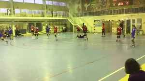 BRUTAL! One of the worst Handball foul EVER (Women Russia youth League) [Video]