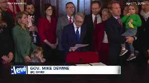 Lawsuit filed to stop Ohio abortion ban after 1st heartbeat [Video]