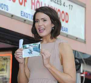 Mandy Moore to hike Mt Everest base camp [Video]