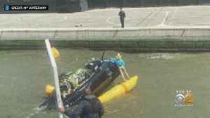 Chopper Goes Down In The Hudson, Pilot Rescued [Video]