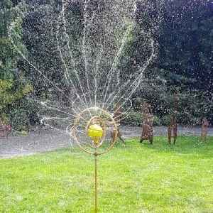 Water your garden in style using this mesmerizing sprinkler [Video]