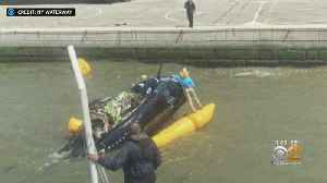 Helicopter Crashes Into The Hudson River [Video]