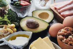 News video: Study Finds Low-Fat Diet Reduces Risk of Dying From Breast Cancer