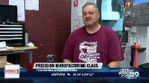 Desert View High students learn engineering through precision manufacturing class [Video]