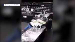Video Shows Man Stealing Donation Jar Meant for Family Crisis Center [Video]