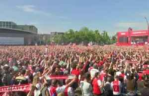Thousands of Ajax fans celebrate their club's 34th league title [Video]