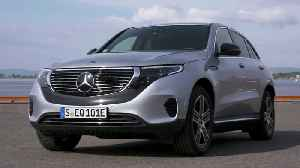 Mercedes-Benz EQC 400 4MATIC high tech silver metallic Design [Video]