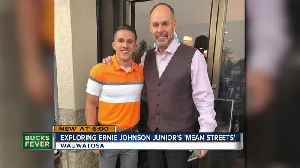 TNT sportscaster Ernie Johnson shows love for hometown of Wauwatosa [Video]
