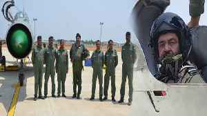 IAF Chief BS Dhanoa flies solo sorties in MiG 21 Jet on Sulur Air Base | Oneindia News [Video]