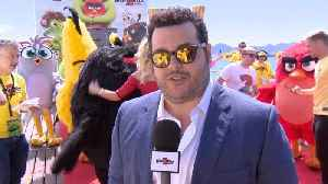 Josh Gad Is At Cannes 2019 With His 'Angry Birds 2' Friends [Video]