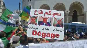 Mass protests against Algeria rulers resume [Video]