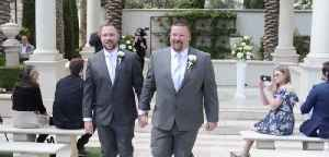 20,000th same-sex couple married in Vegas [Video]