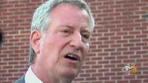 Mayor de Blasio Visits South Carolina Church During Campaign Kickoff [Video]