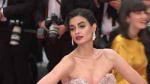 Cannes 2019: Diana Penty makes her red carpet debut [Video]