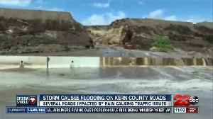 Heavy rainfall leads to flooding throughout Kern County [Video]