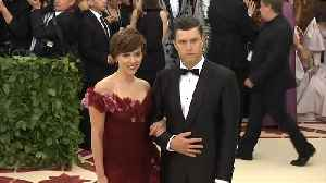 Scarlett Johansson and Colin Jost to wed [Video]