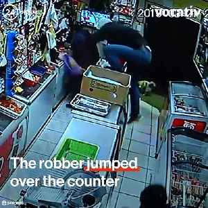 Venezuelan Women Know How to Fight Back Against Robbers [Video]