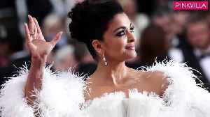 Cannes 2019 Aishwarya Rai Bachchan looks like a vision in white at the glamorous red carpet [Video]