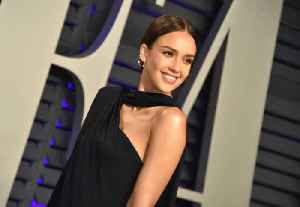 Jessica Alba ate less to avoid unwanted attention from men [Video]